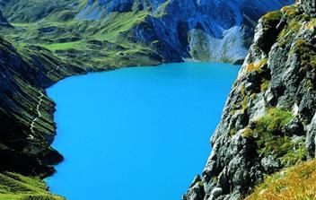 Alpy, střediska rakousko-švýcarského pomezí